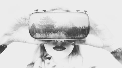 VR main